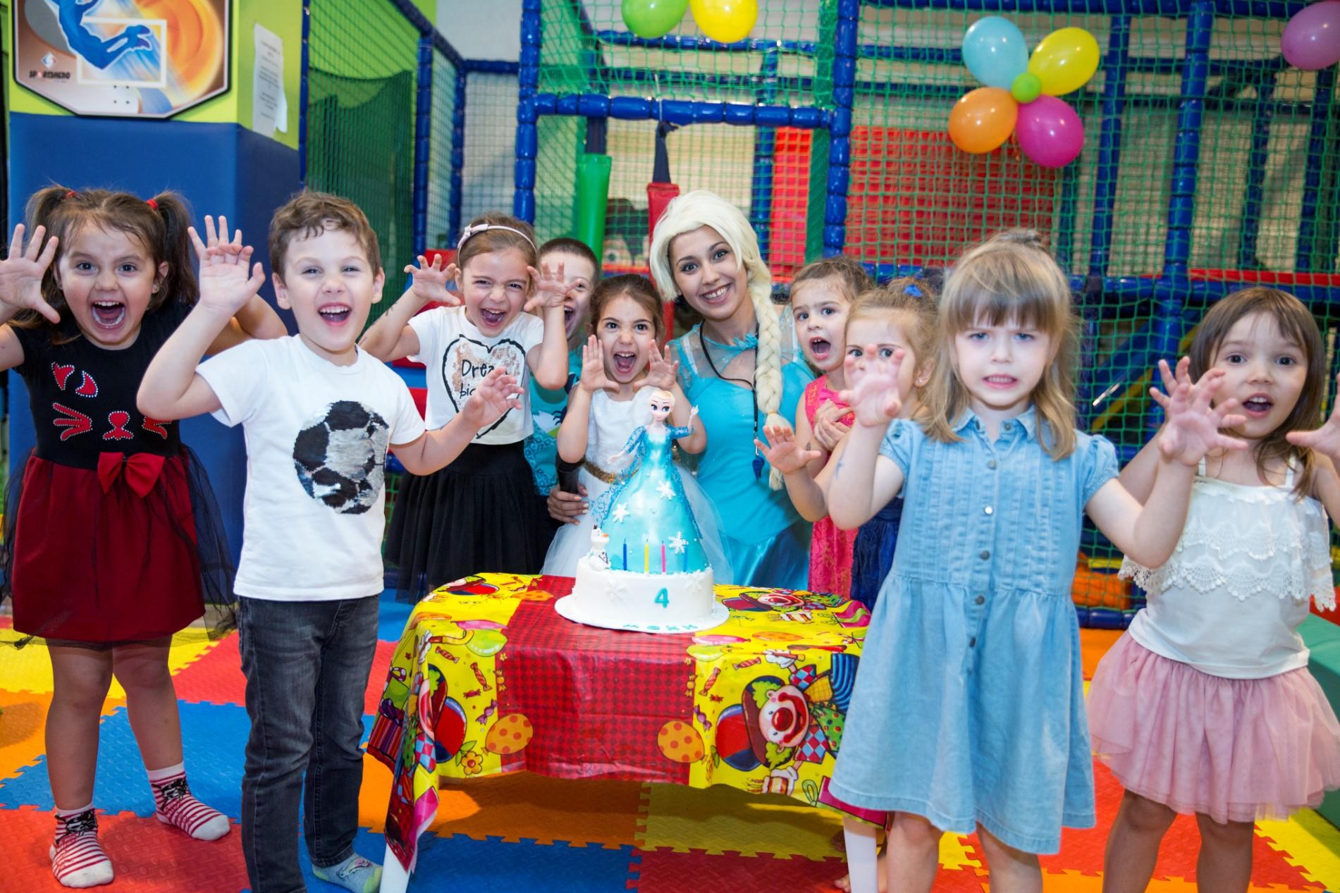 Детски рожден ден – Мони 4г